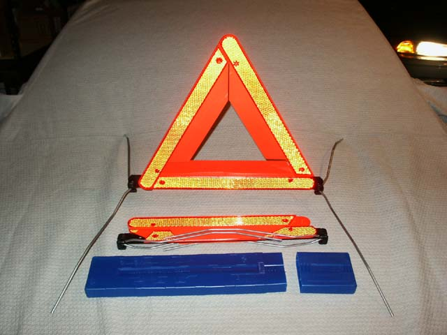 BMW E46 E39 E60 E38 E65 E66 3 5 7/'ies HAZARD WARNING TRIANGLE WITHOUT CONTAINER